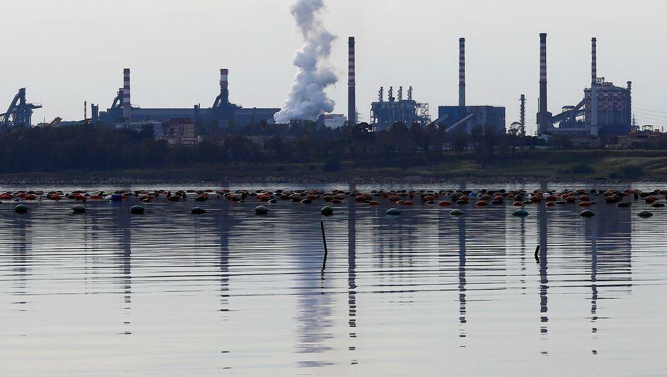 Das Stahlwerk Ilva in Tarent
