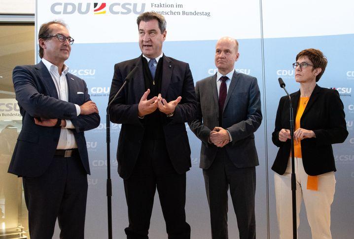 """Unionspolitiker Dobrindt, Söder, Brinkhaus, Kramp-Karrenbauer: """"Die Seelenlage bei CDU und CSU, die ist stark"""""""