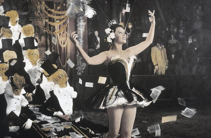 Was kostet die Welt? 1955 schlüpfte Schauspielerin Martine Carol in die Rolle der berüchtigten Lebedame (Szenenbild aus »Lola Montez«, (Regie: Max Ophüls)