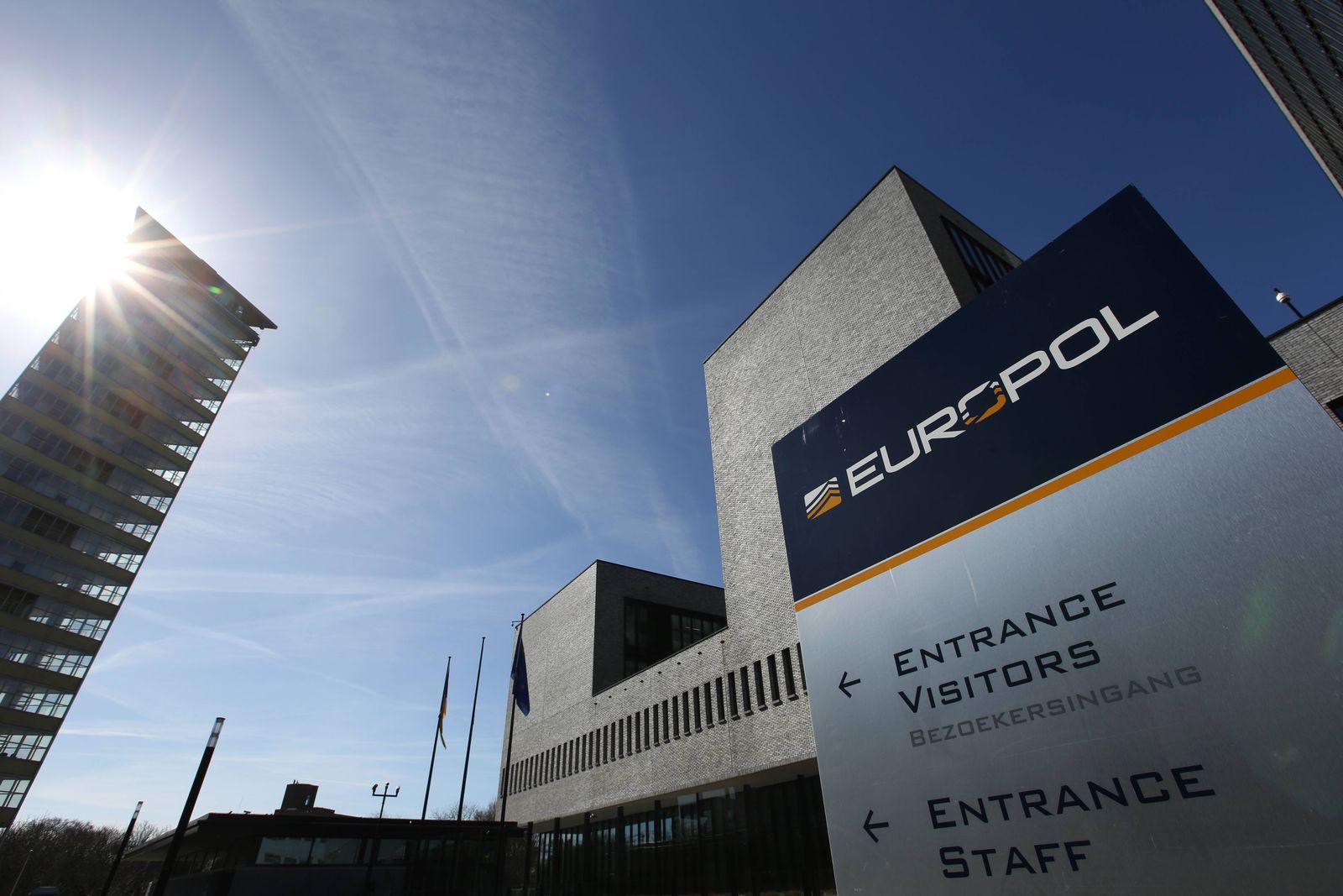 EINMALIGE VERWENDUNG europol