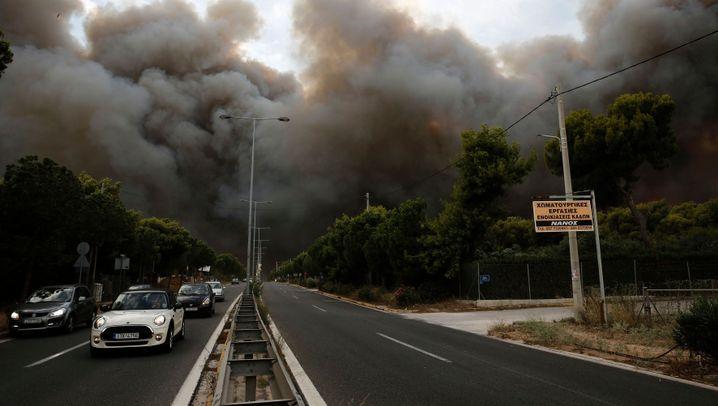 Waldbrände in Griechenland: Inferno bei Athen
