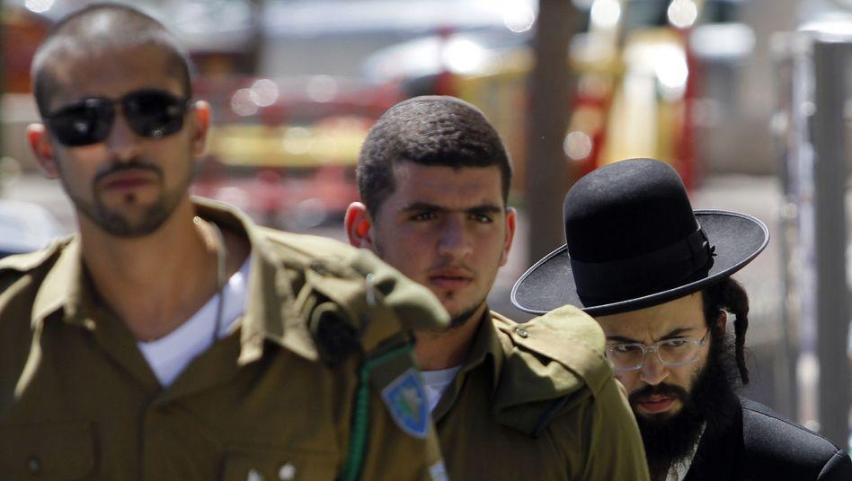 """Israelische Soldaten, ultraorthodoxer Jude: """"Alle müssen die Last des Wehrdienstes leisten"""""""
