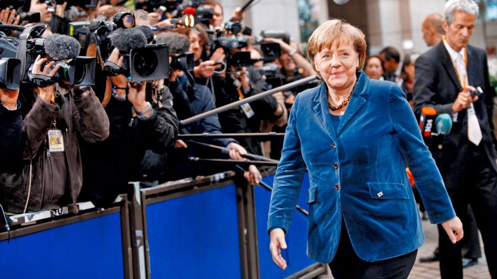 Photo Gallery: EU Leaders Divide Europe in Half