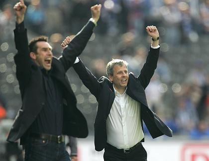 Hertha-Verantwortliche Preetz (l.) und Favre: Auf nach Europa