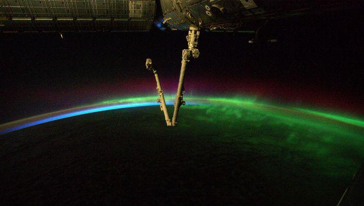 Alexander Gerst knipst von der ISS: Durch ein Polarlicht fliegen