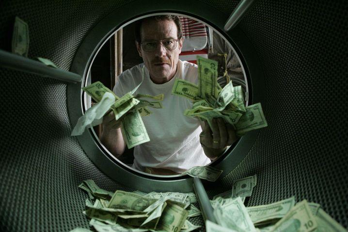 Gierig wie ein Börsenhai: Walters Leben dreht sich von Staffel zu Staffel immer mehr ums Geld - und natürlich um die Macht, die damit einhergeht.
