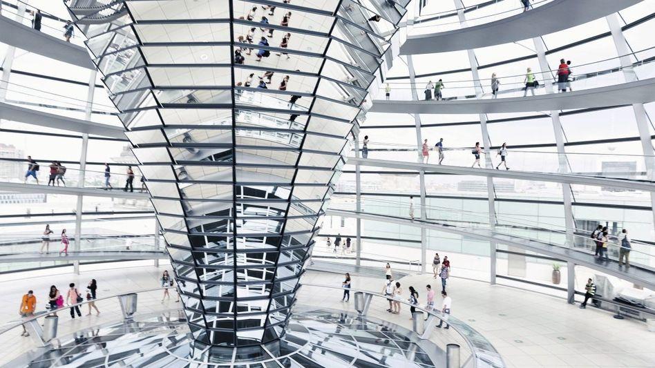 Reichstagskuppel in Berlin: Die Regierung beruft sich auf das »Staatswohl«