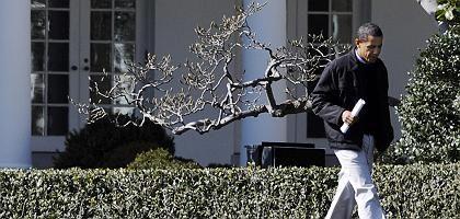 """Barack Obama am Wochenende vor dem Weißen Haus: """"Nüchterne Analyse, ehrliche Berechnung"""""""