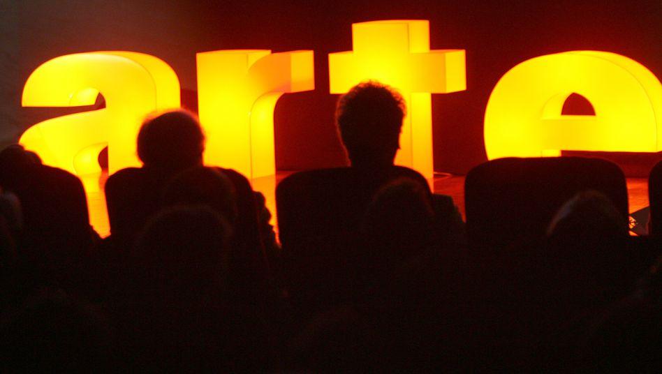 TV-Publikum: Der Sender Arte lässt die Zuschauer über Pannen im Programm im Dunkeln