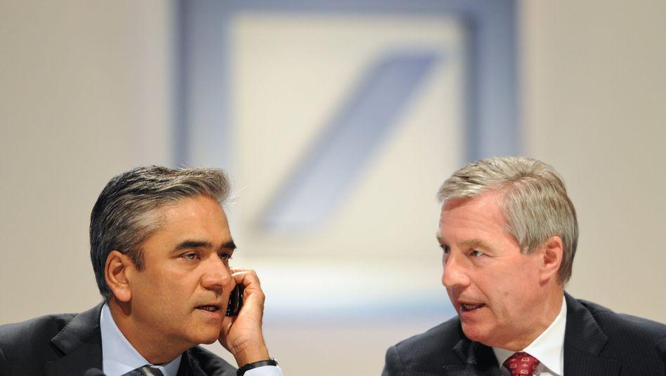 Anshu Jain und Jürgen Fitschen: Rückschlag für die neuen Chefs