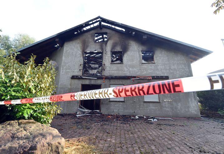 Geplante Flüchtlingsunterkunft in Remchingen nach Brandanschlag: Fast jeden Tag ein Angriff