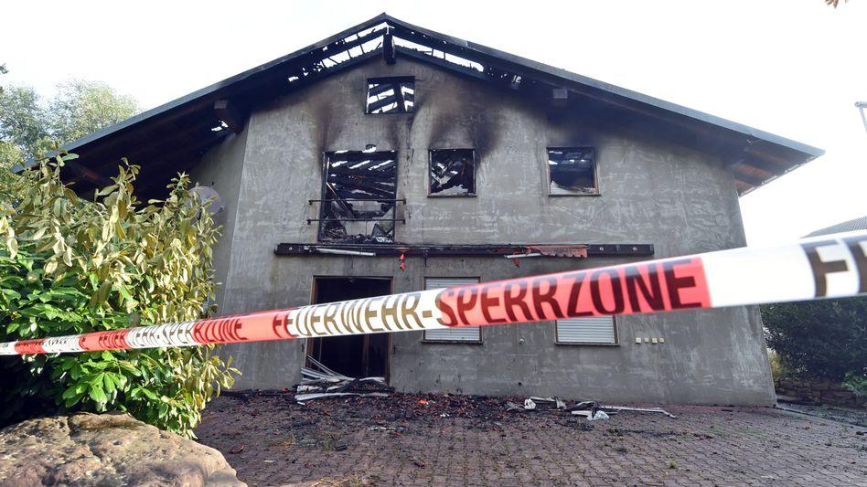 Sperrzone in Remchingen (Archivbild): Brandanschläge auf Asylbewerberunterkünfte