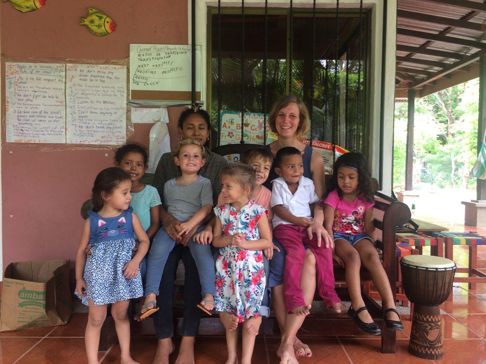 EINMALIGE VERWENDUNG Schule Nicaragua