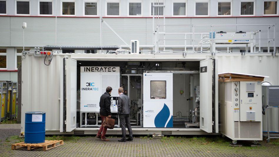 Inbetriebnahme der Forschungsanlage auf dem Campus Nord des Karlsruher Instituts für Technologie (KIT)