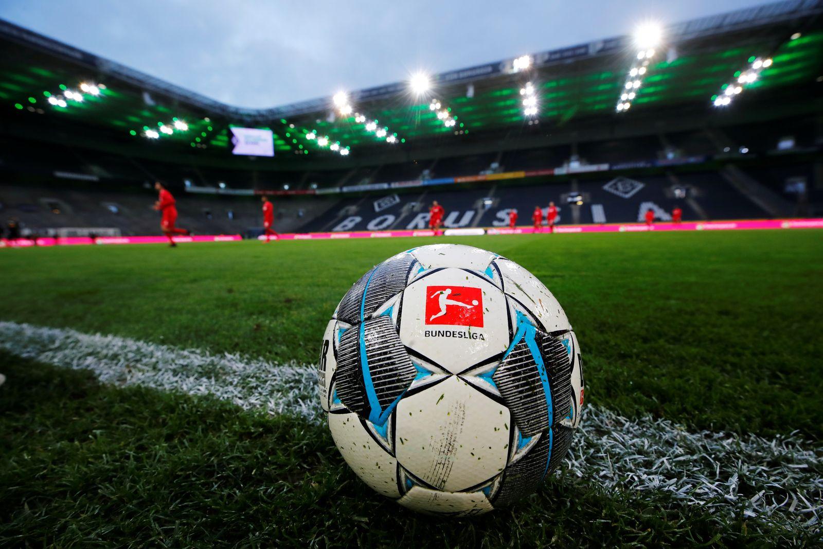 Bundesliga - Borussia Moenchengladbach v FC Cologne