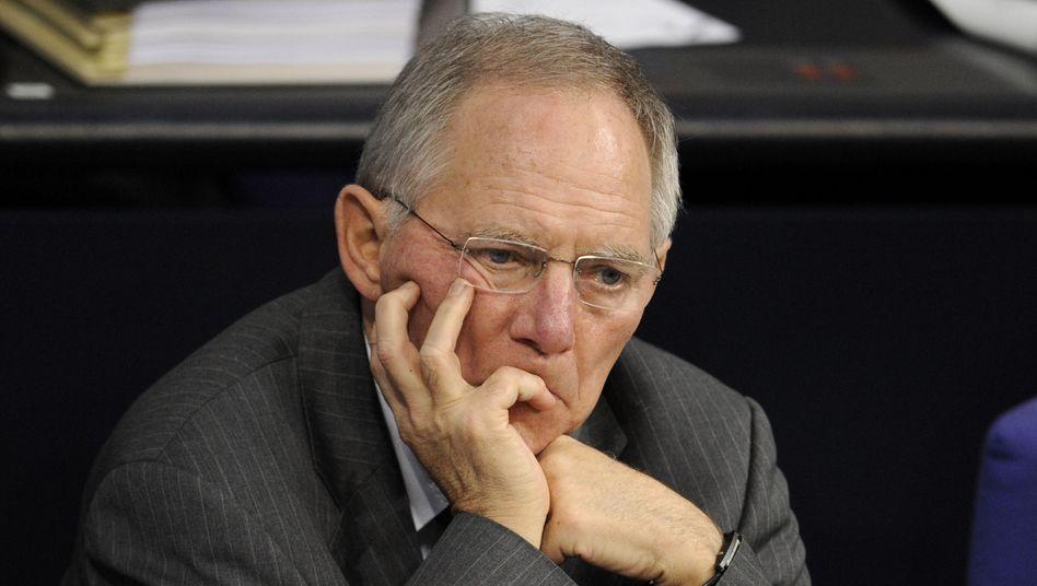 Finanzminister Schäuble: Sein Sprecher kündigte rasche Entscheidung an
