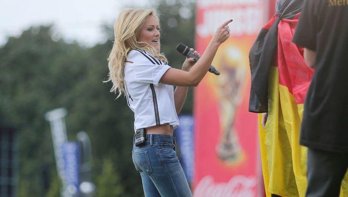 Helene Fischer: WM-Party mit der Nationalmannschaft