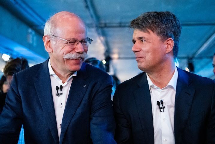 Daimler-Chef Dieter Zetsche (l.) und BMW-Boss Harald Krüger