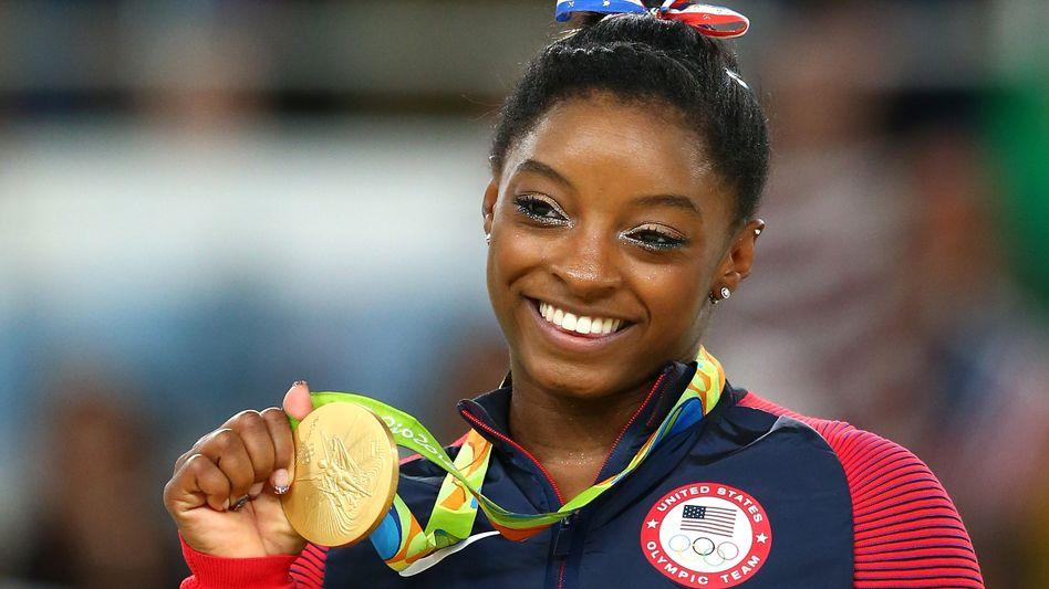 Biles bei den Olympischen Spielen in Rio 2016