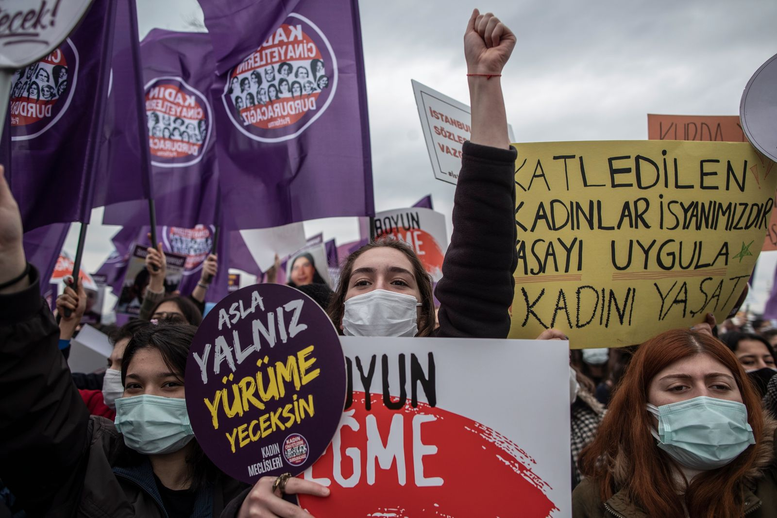 Women protest against Turkey's withdrawal from Istanbul Convention