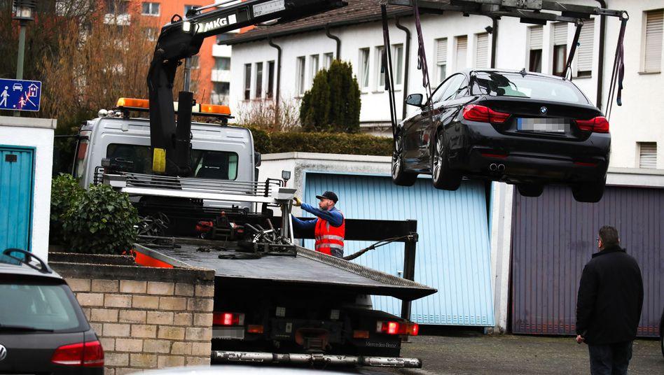 Schütze von Hanau: Hessens Innenminister sieht Hinweise auf rassistische Gesinnung