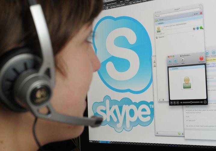 So sah Skype vor zehn Jahren aus. Mittlerweile ist die Optik moderner, und die App eignet sich bestens für den Videocall mit der Familie