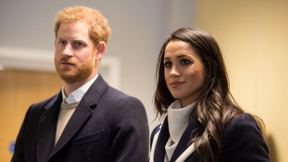 "Harry und Meghan geben royale Titel ab: ""Payback Time"""