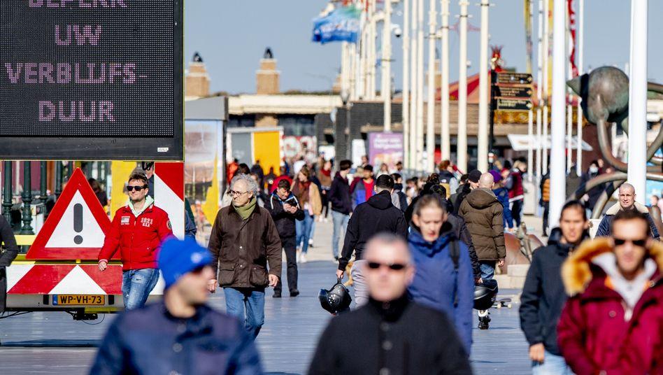 Promenade in Den Haag am 22. März