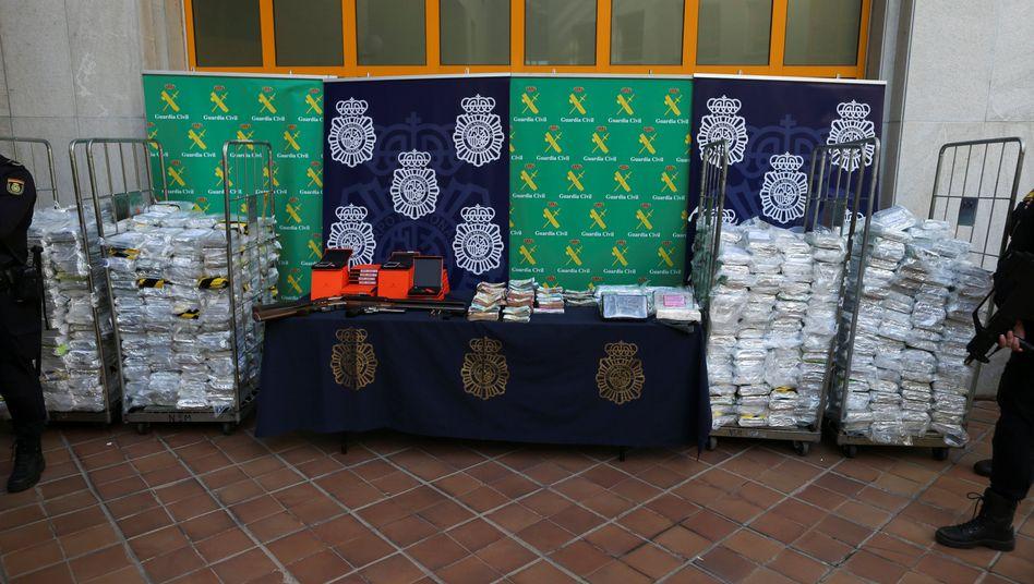 Ein Teil des beschlagnahmten Kokains in Málaga