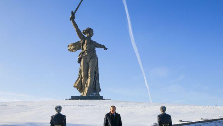Jahrestag der Schlacht von Stalingrad: Marschieren zum Gedenken