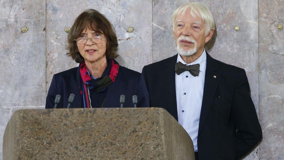 Aleida Assmann (l.) und Jan Assmann