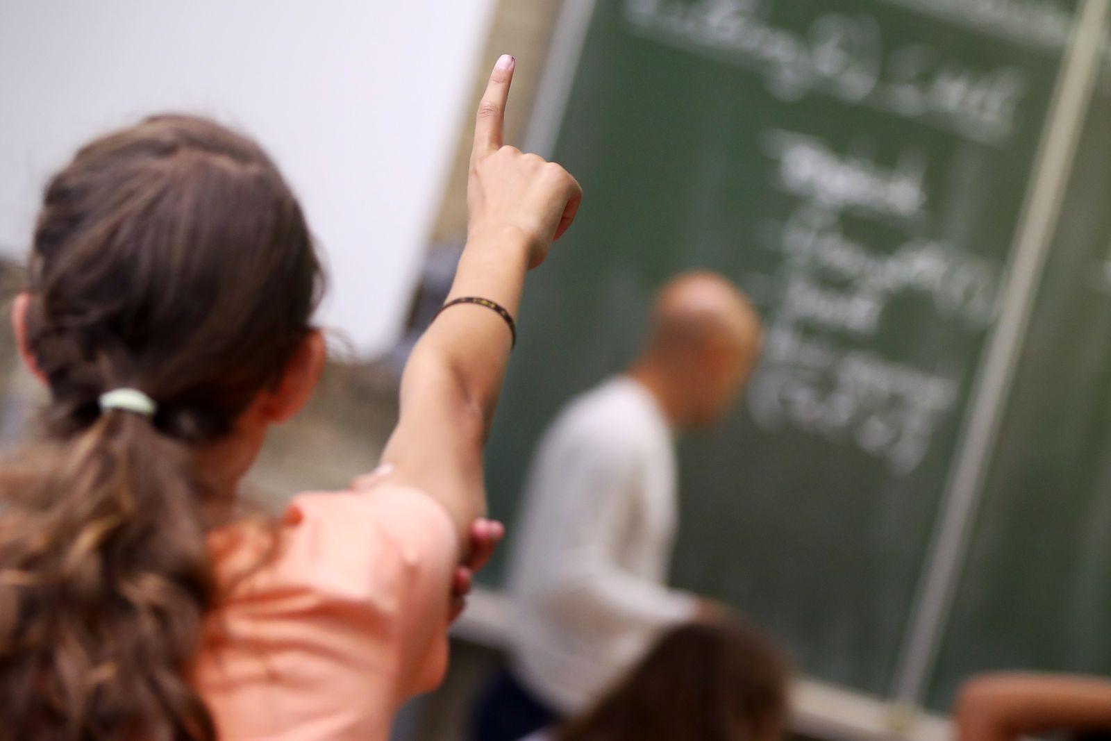 Bildung / Schule / Unterricht Gymnasium