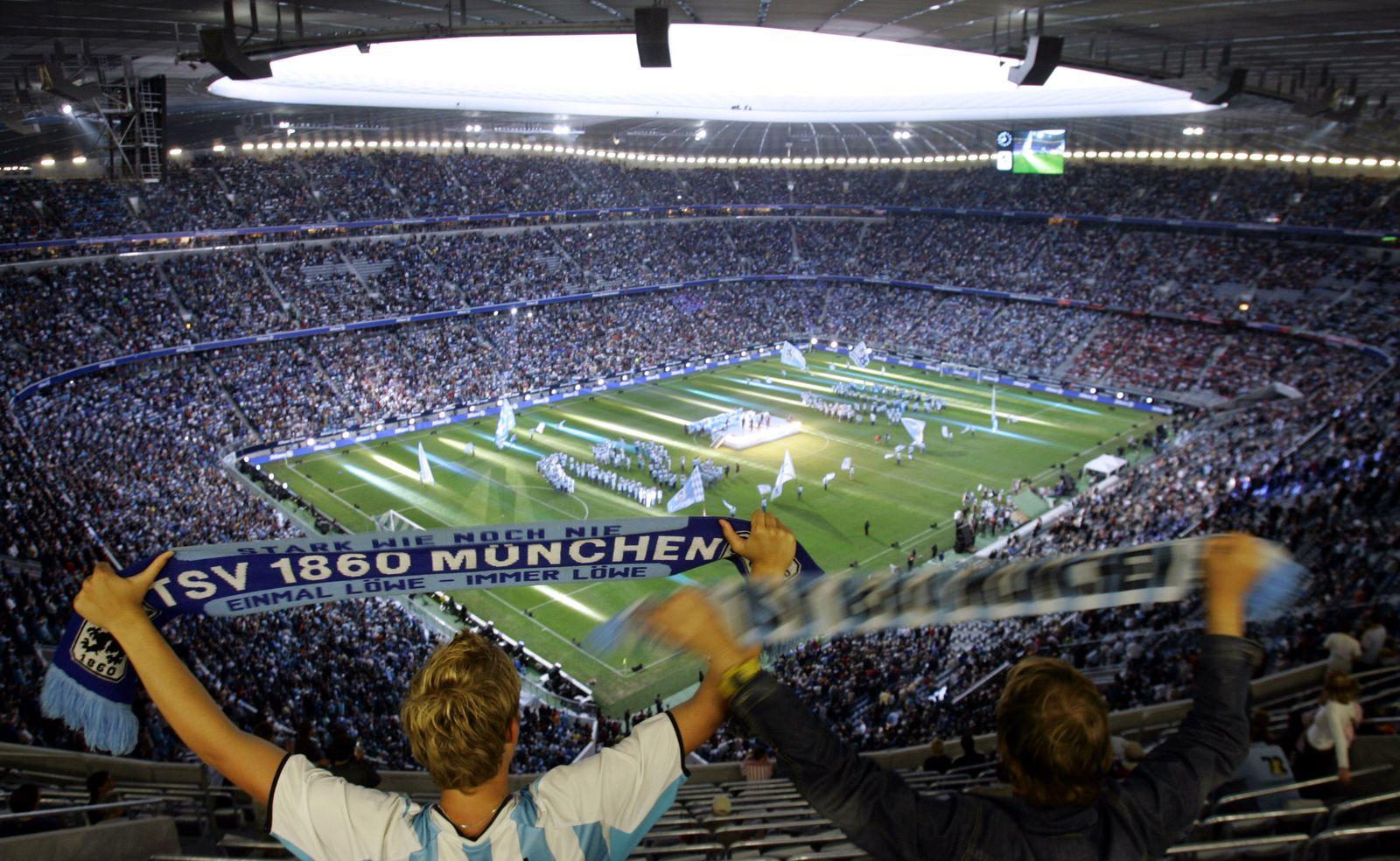 1860 Fans / Eröffnung Allianz Arena