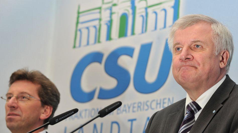 CSU-Chef Seehofer: Alle gegen die Schwarzen