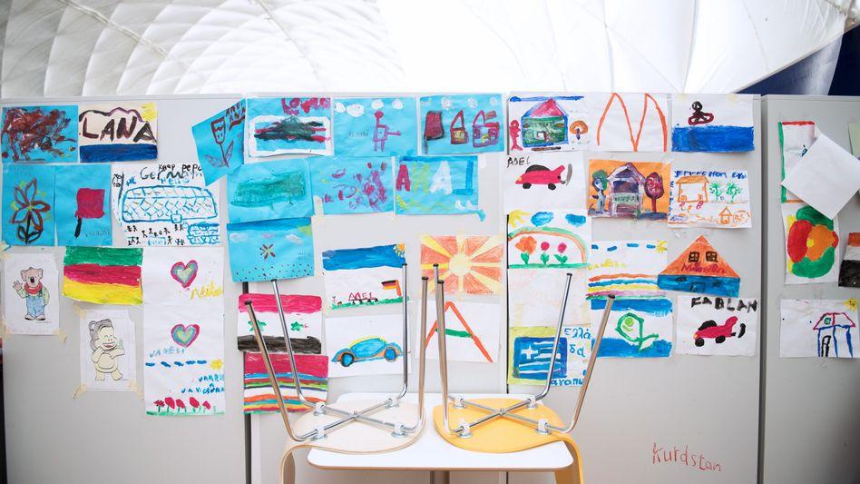 Malen gegen den Schrecken: Zeichnungen von Flüchtlingskindern in Berlin