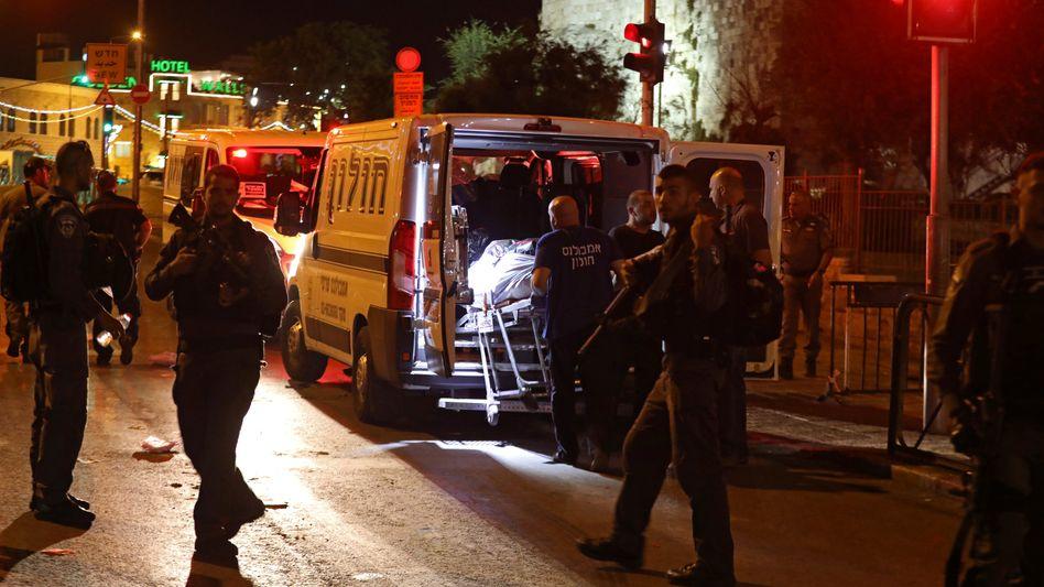 Israelische Polizisten in der Nähe der Altstadt von Jerusalem