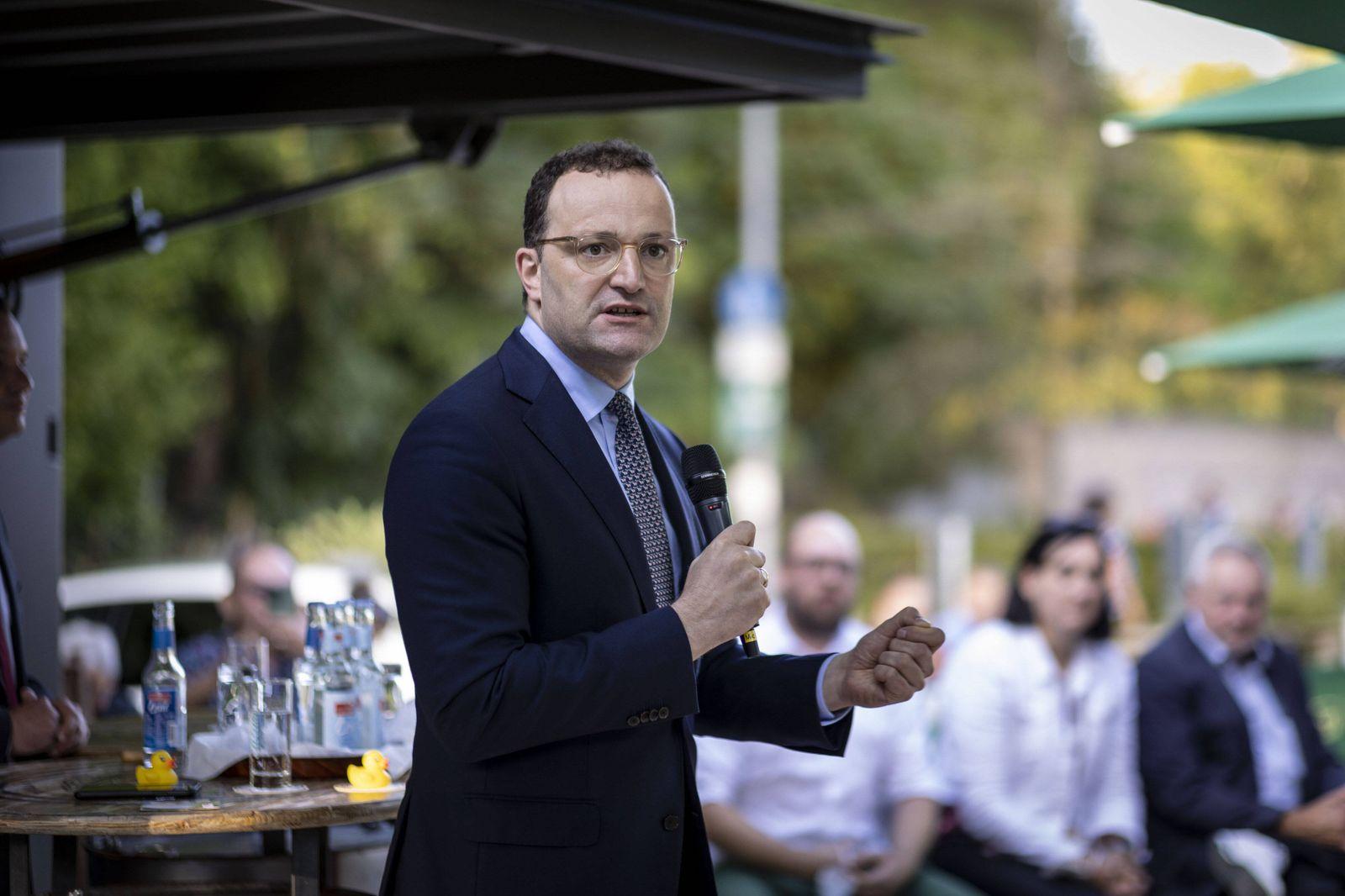 Bundesgesundheitsminister Jens Spahn, CDU, auf einer Wahlkampfveranstaltung in Nagold in Baden-Wuerttemberg. Nagold Deut