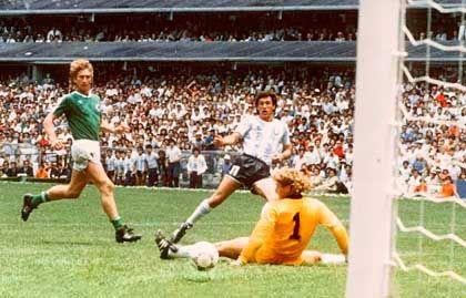 Valdano scoring in the 1986 World Cup final.