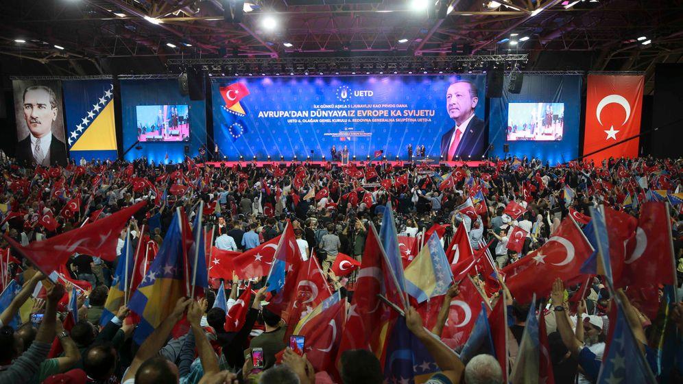 """Auftritt in Sarajevo: """"Bereit, die osmanische Ohrfeige zu verpassen?"""""""