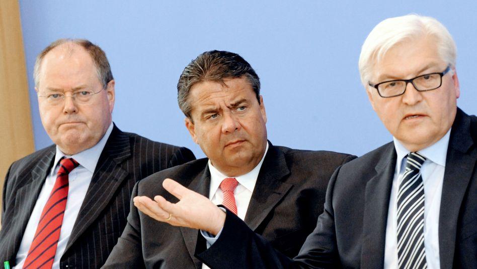SPD-Troika-Mitglieder Steinbrück, Gabriel, Steinmeier: Wie packt man Merkel?