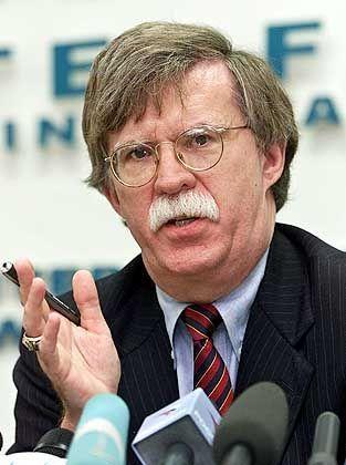 """Vizeverteidigungsminister Bolton: """"Mit der Mafia verhandeln"""""""