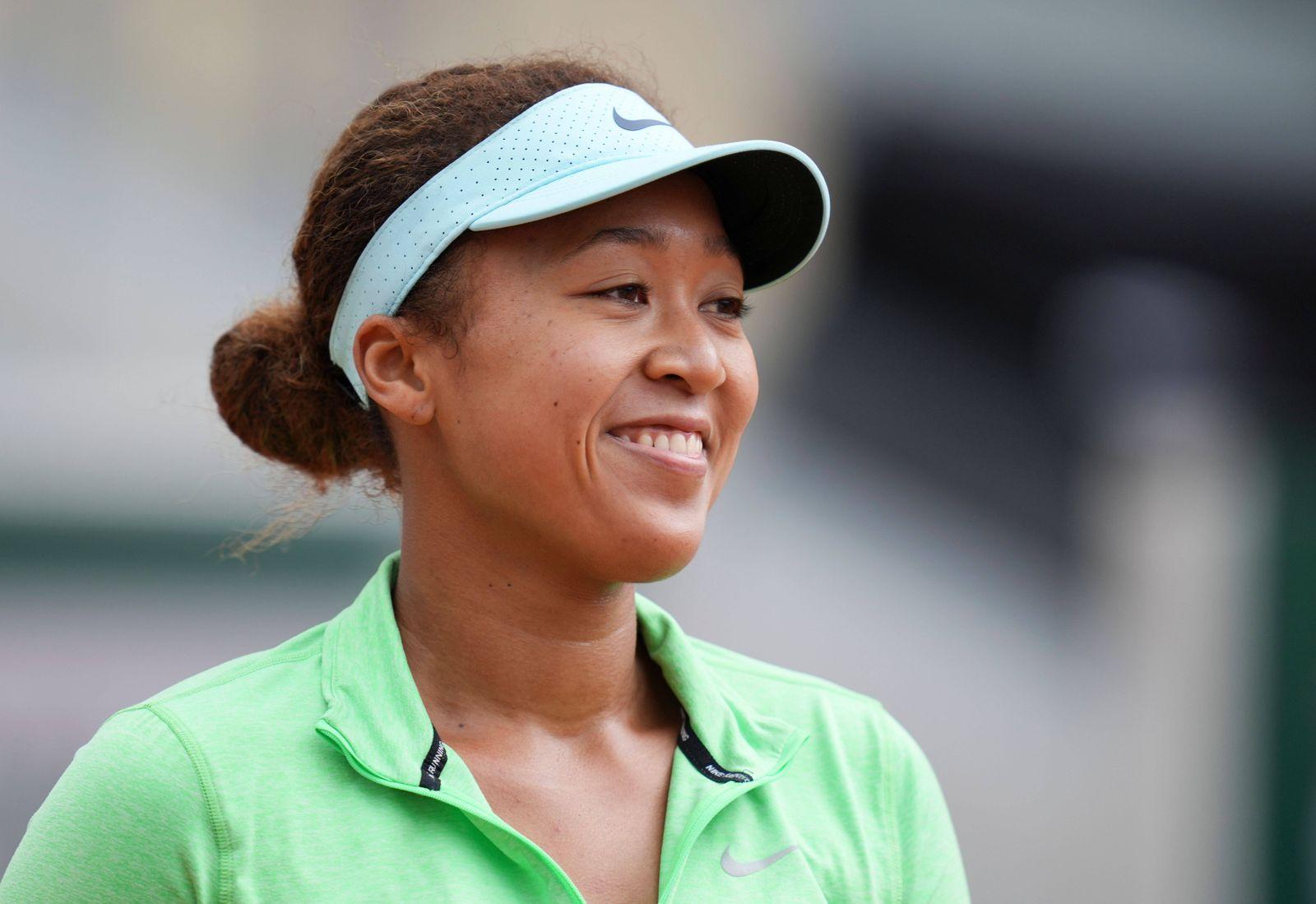 Mandatory Credit: Photo by Javier Grcia/BPI/Shutterstock (11970508bi) Naomi Osaka of Japan smiles French Open Tennis, Tu