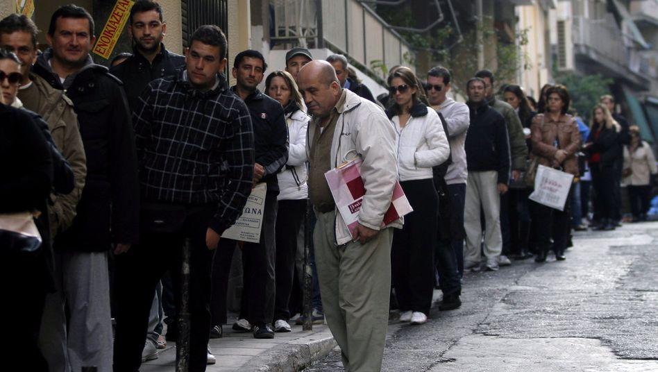 Arbeitslose in Griechenland (Archivbild): In vielen Staaten Europas sieht es schlecht aus