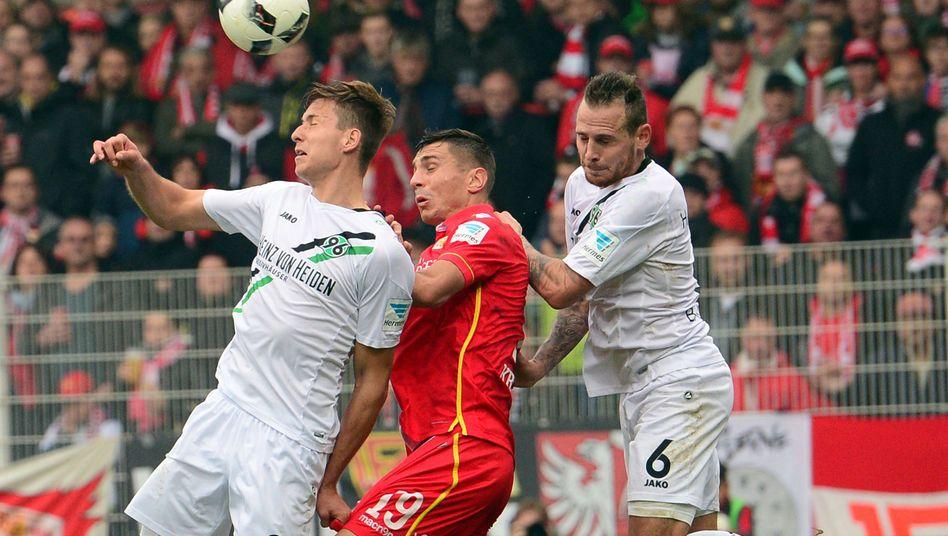 Kampf um den Ball in Berlin