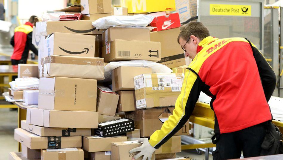 DHL-Mitarbeiter in Mecklenburg-Vorpommern: Plus von 23 Prozent