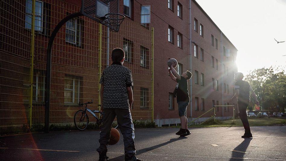 Kinder im Viertel Mjølnerparken:Ein schwarzer Fleck auf der Landkarte