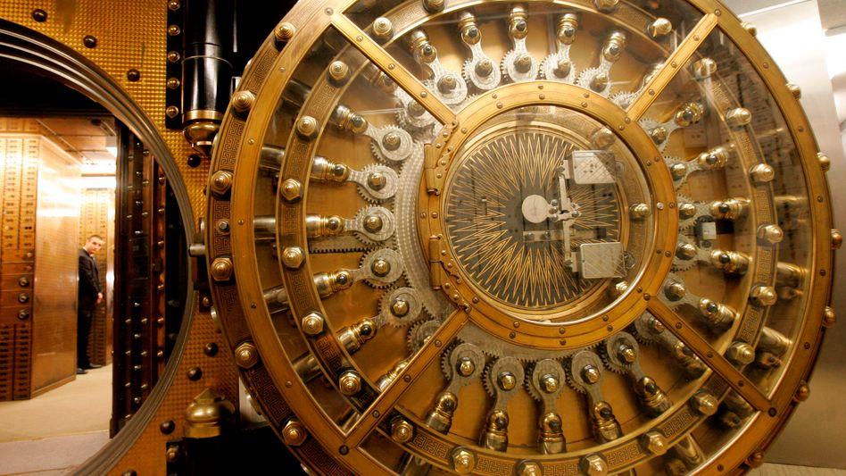 Safe der US-Bank Wells Fargo (Archivbild): Harte Sanktionen nur in den USA