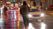 Mann fällt in Nürnberger Stadtgraben, Frau fährt auf Kölner Autobahn