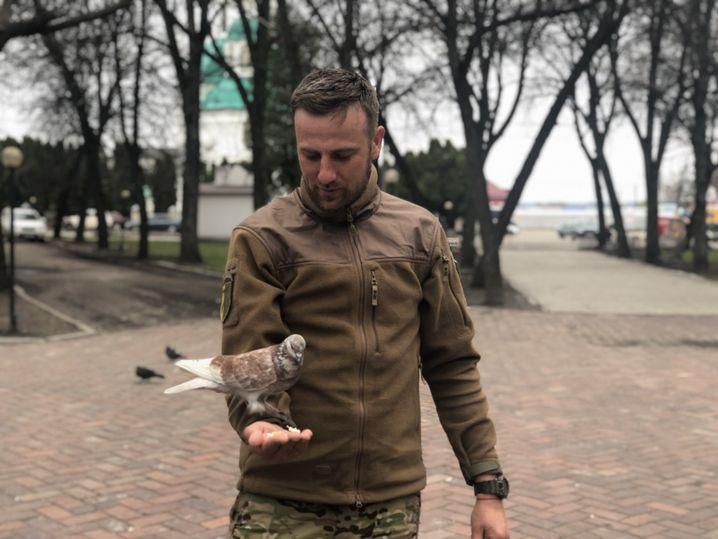 Soldat im Zentrum von Hluchiw