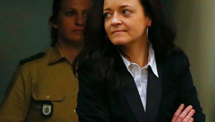 München: Beate Zschäpe erstmals vor Gericht